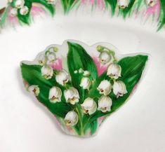 Lange Hängele shamrock pin brooch pendant green white broken belleek