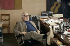 This year marks 25 years since the death of Swiss writer Friedrich Dürrenmatt, who was also an enthusiastic painter. Friedrich Dürrenmatt, Workspace Inspiration, Lugano, Famous People, Mario, Writers, Portraits, Libraries, Handwriting