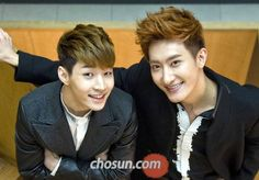Super Junior-M's Henry and Zhou Mi taught Chinese to SM artists