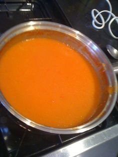 Slimming World recipes: Tomato & red pepper soup