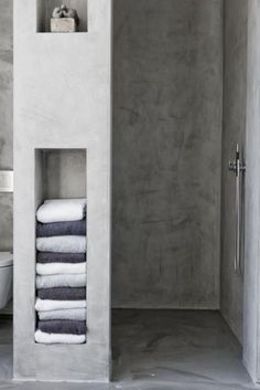 7 Amazing Bathroom Design Ideas (That Will Trend In For the past year the bathroom design ideas were dominated by All-white bathroom, black and white retro tiles and seamless shower room Wet Rooms, Bad Inspiration, Bathroom Inspiration, Bathroom Inspo, Bathroom Colors, Interior Inspiration, Bathroom Storage, Bathroom Interior, Wall Storage