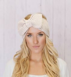 Knitted Bow Headband from Picsity.com