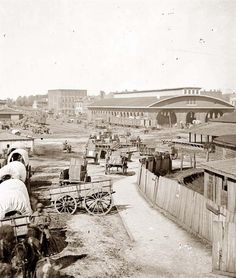 Photo shows view of an Atlanta, GA railroad depot. Nice scene with old wagons, soldiers, steam engine and boxcars. Photo dates to 1864 during Sherman's march through Atlanta. Old Pictures, Old Photos, Antique Pictures, Rare Photos, Vintage Photos, American Civil War, American History, Railroad History, Civil War Photos