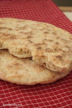 Turcja od kuchni: Bazlama tureckie pieczywo Gluten, Keto, Bread, Food, Kitchens, Breads, Hoods, Meals, Bakeries