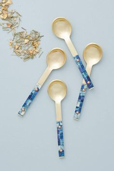 Decor/accessories - Give your guests something to talk about around the table with these Guava teaspoon set made of stainless steel in a gold color with blue dyed bone handles. Kitchen Dinning, Kitchen Dishes, Dining Room, Kitchen Accessories, Decorative Accessories, Nautical Favors, Anthropologie, Spoon Collection, Collections Of Objects