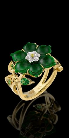 RP: Yellow White Gold Jade Diamond Flower Ring - masterexclusive.com