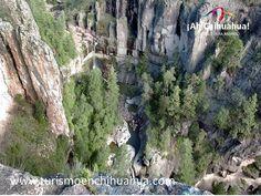 La Cascada de Rukíraso está a 10 km. de Creel al  ingreso a la Barranca de Tararecua.  Tiene una caída de 30 metros y es muy poco conocida, sin desmerecer en su belleza. Usted Puede llegar en vehículo, en bicicleta o a pie para admirar los paisajes que le regala la naturaleza aquí en Chihuahua. Venga a conocerla y a disfrutar de estos hermosos paisajes. #ah-chihuahua