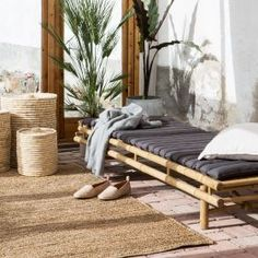 Möbler av rotting och bambu When age-old within notion, your pergola continues to be suffering Bamboo Garden, Terrace Garden, Restaurant Indien, Outdoor Spaces, Outdoor Living, Bamboo Sofa, Moraira, Garden Painting, My Living Room