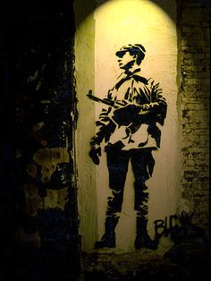 The true pioneer of street art, Blek le Rat has inspired generations of artists across the globe including such famous names as Banksy and Icy and Sot. Graffiti Art, Stencil Graffiti, Stencil Art, Stencils, Banksy, Blek Le Rat, Beaux Arts Paris, Urbane Kunst, American Graffiti