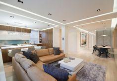 offener wohnbereich moderne einrichtung einbauleuchten helles holz