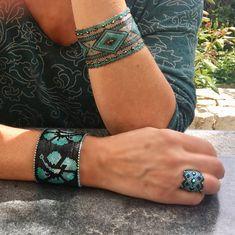 Une collection de bracelets circulaires sans fermoir, très faciles à vivre !