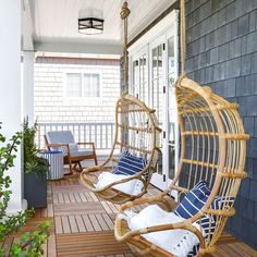 Outdoor relaxation at it's finest Design: Lindye Galloway Interiors #lindyegallowayinteriors