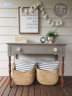 Gray paint + white hardware + natural wood spindle legs. LOVE.
