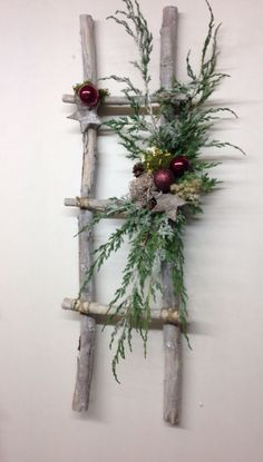 Dekoration Weihnachten - 52 Beautiful Rustic Christmas Decorations You Can Easily DIY www. Noel Christmas, Christmas Projects, Christmas Wreaths, Christmas Ideas, Christmas Design, Christmas Music, Holiday Ideas, Christmas Movies, Christmas Ornaments