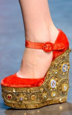 FALL 2013 READY-TO-WEAR Dolce & Gabbana #PurelyInspiration