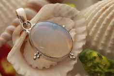 AWESOME COOL MILKY OPAL FOR GIRLS WEAR 925 STERLING SILVER FASHION PENDANT 1072 #925silverpalace #Pendant
