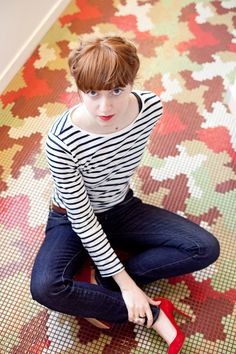 eleonore bridge: stripe long sleeve shirt, skinny jeans, and red shoes Look Fashion, Daily Fashion, Everyday Fashion, Fashion Outfits, Fashion Trends, Fashion Ideas, Striped Long Sleeve Shirt, Long Sleeve Shirts, Look Jean