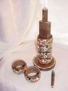 Vtg Hand Painted Napkin Rings seller florasgarden Wood Norwegian Rosemaling LOT of 6 w Holder