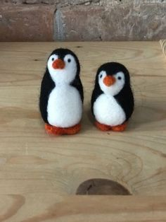 Set of two cute little Felted Ornamental Penguins. Needle Felted Animals, Felt Animals, Needle Felting, Felt Penguin, Shabby Chic Crafts, Unusual Animals, Cute Penguins, Leprechaun, Wedding Gifts