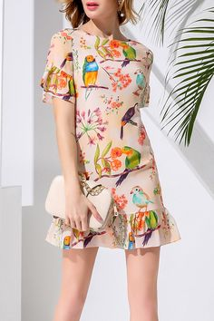 Shop huasilinlon orangepink flounce ruffles sheath bird print dress here, find your mini dresses at dezzal, huge selection and best quality. Funky Fashion, Kawaii Fashion, Womens Fashion, Moda Funky, Ankara Gown Styles, Lovely Dresses, Mini Dresses, Other Outfits, Bird Prints