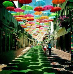 floating umbrella portugal3 Floating Umbrellas Above a Street in Agueda, Portugal