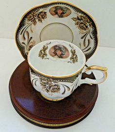 1999 Avon Mrs P.F.E.Albee Porcelain Honor Society Teacup&Saucer w/stand certific