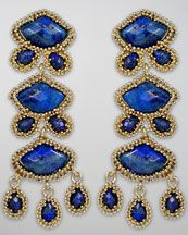 """Check out these Kendra Scott Zoe Drop Earrings. Kendra makes very affordable colorful statement earrings that are oh so """"Now"""". They will add just the right punch of color to any spring outfit."""