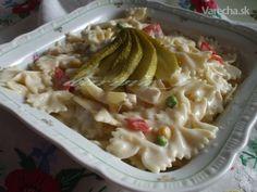 Cestovinový šalát s kuracím mäsom - recept | Varecha.sk Pasta Salad, Salads, Ethnic Recipes, Food, Crab Pasta Salad, Essen, Meals, Yemek, Salad