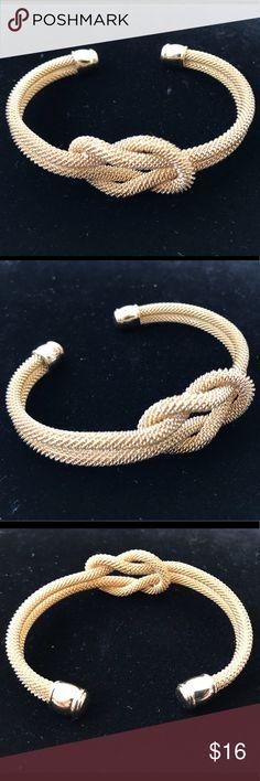 Infinity knot Mesh Bangle Gold metal bangle Jewelry Bracelets