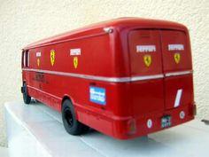 http://images.forum-auto.com/mesimages/237465/camiontruckFIAT642trasportoFERRARI03.jpg