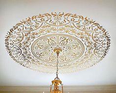 Delicate gold DIY - ceiling stencil project @micmanno Debbiedoos
