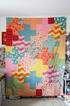 love this cross quilt!!
