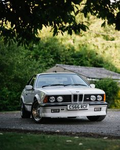 A proper shark just outside of London. #bmw #bmwclassic #ccfoto