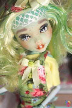 OOAK Monster High Repaint Doll Custom OOAK by ChelokotikDream