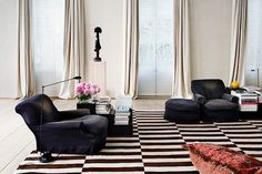 black and white with beige looks luxurious and more elegant than with white.....great for a Moroccan mix