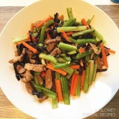 The Healthy Pork Chop Suey (Stir Fry) – What Are We Having Tonight? Pork Chop Suey, Healthy Pork Chops, Chinese Stir Fry, Pork Loin Chops, Casual Dinner, Asparagus, Fries, Dinner Recipes, Nutrition