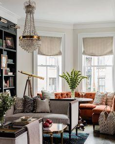 "Chairish na Instagramie: ""Luxe living. {#interiordesign by @embarcstudio, #builder @preconconstruction, 📷 by @michaeljleephotography}"""