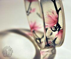 Utsukushii - resin bangle
