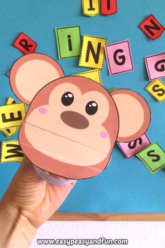 What a silly little monkey puppet. this monkey craft template and entertain your kids. This craft for kids is great to do in the classroom (preschoolers love these puppets as well as kindergarteners) as well as an rainy day activity.Arts And Crafts L