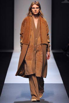 Max Mara Fall 2013 Ready-to-Wear Fashion Show
