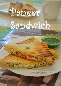 Leckerer Appetit: Paneer Sandwich Gegrilltes Paneer Sandwich Rezept / Easy Sandwich sandwiches soups and salads Vegetarian Sandwich Recipes, Easy Sandwich Recipes, Healthy Sandwiches, Lunch Box Recipes, Veg Recipes, Indian Food Recipes, Grilled Recipes, Vegetarian Lunch, Indian Snacks