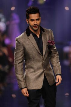 Varun Dhawan for Manish Malhotra at #lakmefashionweek 2014
