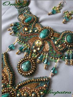 Kleopatra by Orubis. Embroidered necklace. Turquoise.