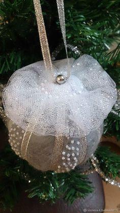 """Купить Ёлочный шар """"Снежок"""" - елочное украшение, серый, новогодняя игрушка, елочные украшения"""