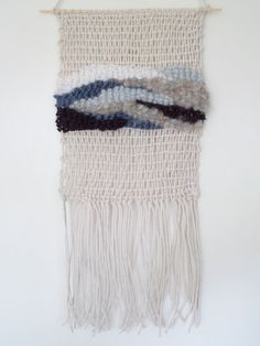 Day 274 woven wall hanging tapestry wool string by Saskia Saunders