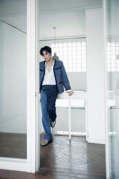 Kim Jae Joong, Jaejoong, Handsome Actors, Jyj, Tvxq, Korean Men, Gorgeous Men, Beautiful, Mom Jeans