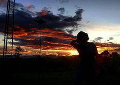 @vanericaphotos:  Preciosos atardeceres de @popayanco  #creationofGod #live #peace #afternoon #atardecer #nature #naturaleza #wonderful #ilikeit #iloveit  Foto: Sara Sanchez Edición: @erikacalderonb