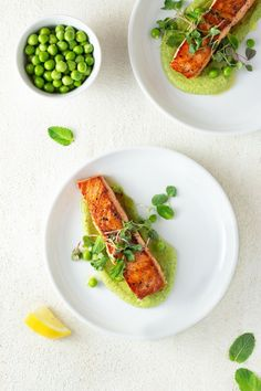 Salmon and peas are a classic combination. In this dish, I brought things up a notch with perfectly seared salmon and an addictive pea puree. Salmon Recipes, Fish Recipes, Seafood Recipes, Salmon Dishes, Fish Dishes, Gourmet Food Plating, Gourmet Foods, Gourmet Desserts, Pureed Food Recipes