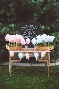 baby gender reveal party // pink or blue cotton candy Babyshower Party, Baby Party, Baby Shower Parties, Baby Showers, Baby Shower Table Set Up, Birthday Party Snacks, Fiesta Baby Shower, Baby Gender Reveal Party, Gender Reveal Box