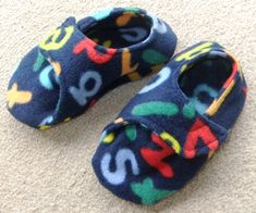 * Easy fleece slippers using the free pattern here:  http://leafytreetopspot.blogspot.co.nz/2011/01/fleece-toddler-slippers-tutorial-and.html